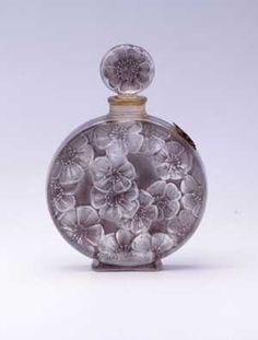 Antique vintage Lalique perfume scent bottle