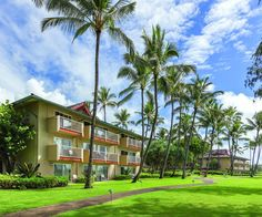Book Kauai Coast Resort at the Beachboy, Kapaa on TripAdvisor: See 636 traveller…
