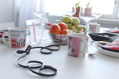 Table setting ideas for Valentine's Day