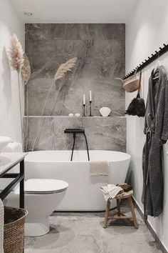 Relaxing Bathroom, Bathroom Inspo, Bathroom Styling, Bathroom Interior Design, Bathroom Inspiration, Modern Bathroom, Bathroom Designs, Interior Inspiration, Herringbone Wood Floor