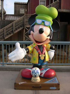 """I'm going to Walt Disney World"" by Cody Reynolds for Walt Disney World.  Celebrate Mickey:  75 years of Mickey InspEARations.  At Disney California Adventure 2005."