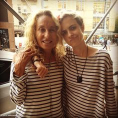 Ann Dexter Jones & Samantha Ronson. Stripey!