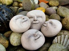 Man in the moon Garden rocks.want these for when I have a garden! Night Garden, Moon Garden, Stone Crafts, Rock Crafts, Garden Whimsy, Outdoor Crafts, Stone Painting, Rock Painting, Garden Crafts