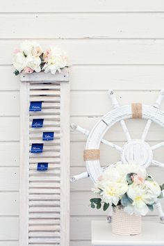 Nautical look seating chart idea | Seaside Shoot by peaches and mint