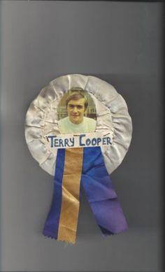 Leeds-United-Terry-Cooper-Vintage-Rosette