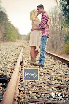 engagement session, railroad tracks, Amanda Morgan photography  Www.amandamorganphotography.net