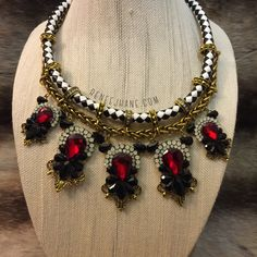 · Red Statement Necklace