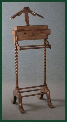SOLID OAK SUIT STAND VALET STAND WAISTCOAT STAND ANTIQUE STYLE