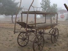 Antique Horse-Drawn Hearse  ...  =====>Information=====> https://de.pinterest.com/karinmc102/last-road-trip-hearse-styles/