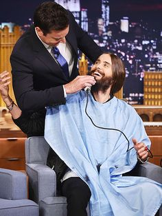 Star Tracks: Thursday, August 21, 2014 | NICE SHAVE | Who knew Jimmy Fallon moonlights as a barber? The Tonight Show host gives guest Jared Leto a quick trim Wednesday night during a taping of the show at New York City's Rockefeller Center.