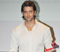 Hrithik Roshan undergoes Brain Surgery, operation goes successful