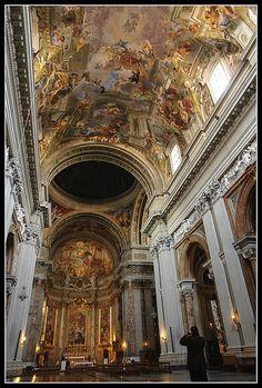 Sant Ignazio, Rome - Via del Caravita, 8A