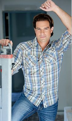 "Canada's Most Beautiful 2014: See who made the list/Scott McGillivray of HGTV's ""Income Property"""