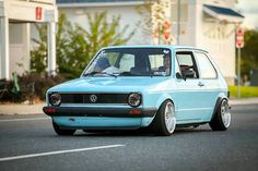 beautiful powder blue mk1 golf Scirocco Volkswagen, Volkswagen Golf Mk1, Vw Mk1, Vw Caddy Mk1, Honda Jazz, Golf 1, Car Trailer, Busse, Top Cars