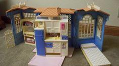 Vintage Barbie Cottage Dream House Folding 1998 Works Mattel Blue 159 Toy | eBay