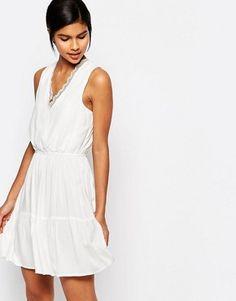 Vero Moda Lace Trim V-Neck Lace Skater Dress