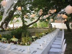 Great setup for outdoor #garden #wedding reception.