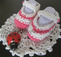 Crochet baby booties SD2 by Silkyducknitting on Etsy, $2.99