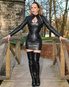 Leather High Heel Boots, Heeled Boots, Leather Pants, Leather Dresses, Leather Mini Skirts, Leather Fashion, Fashion Shoes, Crotch Boots, Girls In Mini Skirts