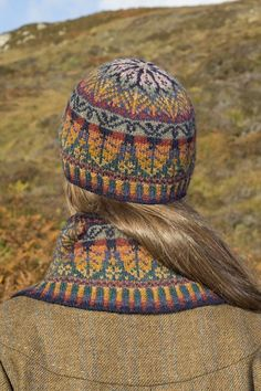 Oregon Hat Set design patterncard kit by Alice Starmore in Hebridean 2 Ply pure British wool hand knitting yarn Double Knitting Patterns, Fair Isle Knitting Patterns, Scarf Patterns, Motif Fair Isle, Fair Isle Pattern, Fall Hats, Alpacas, Knitting Accessories, Hand Knitting