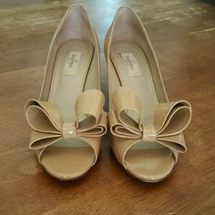 Beautiful Bow Couture Valentino's Excellent condition. Worn twice. Valentino Shoes Heels
