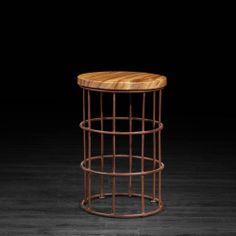 Tabouret avec base en métal et dessus en bois