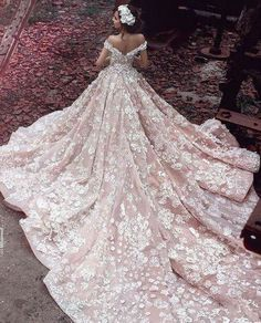 Cheap wedding dresses royal, Buy Quality gowns bridal directly from China luxury lace wedding dresses Suppliers: Champagne Flowers Luxury Lace Wedding Dresses Royal Trian 2017 Robe De Mariage Off Shoulder Ball Gowns Bridal Vestidos Dream Wedding Dresses, Bridal Dresses, Lace Wedding, Modest Wedding, Princess Wedding Gowns, Bridesmaid Dresses, Wedding Bride, Fairy Wedding Dress, Gypsy Wedding