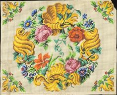 Berlin ? WoolWork Chart: Floral Wreath & Matching Corner Motifs