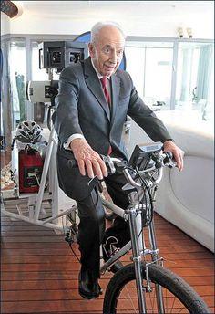 Shimon Peres visita o Google Israel - PLETZ.com