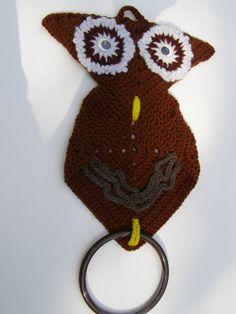 Owl Vintage Crocheted Towel Holder Chocolate Brown by peanutmm, $6.99