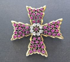 Hey, I found this really awesome Etsy listing at https://www.etsy.com/listing/180778385/vintage-weiss-pink-rhinestone-maltese