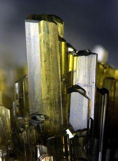 Epidote crystals / Porphyry quarries, Belgium