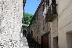 Besalu-calles-empedradas-medieval-don-viajon-cataluna
