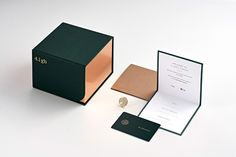 Branding is a beautiful project designed by Frames . which has been featured by Mindsparkle Mag´s best selection of Design. Luxury Packaging, Brand Packaging, Box Packaging, Jewelry Branding, Jewelry Packaging, Banners, Web Design, Graphic Design, Packing Jewelry