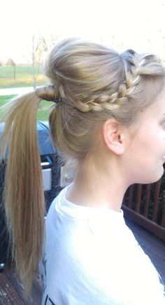 Braid ponytail with bump.