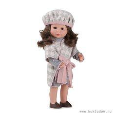 Кукла Мариэтта в вязаном кардигане и берете, Carmen Gonzalez