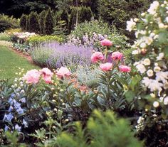 The Glebe House: Woodbury Ct    Revolutionary War era house and Gertrude Jekyll Garden-- a treasure