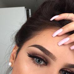 alondra maquillaje natural belleza natural ojos naturales metas de maquillaje maquillaje de belleza maquillaje de ojos la belleza de la mujer