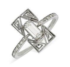 Bague Diamant Tendance 2018 : A Diamond and Platinum Ring by Lalique circa 1910 A Diamond and Platinum I Love Jewelry, Art Deco Jewelry, Fine Jewelry, Jewelry Design, Jewelry Rings, Jewlery, Jewelry Making, Jewelry Holder, Modern Jewelry