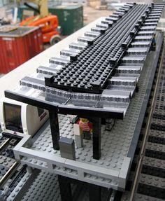 Lego Train Station, Lego City Train, Lego Trains, Lego Bridge, Lego Structures, Lego Super Mario, Lego Plane, Brick In The Wall, Lego Modular