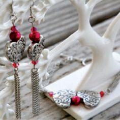 Shared Hearts Bracelet and Earrings   AllFreeJewelryMaking.com