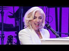 Music stars live in Las Vegas