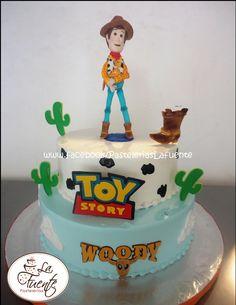 Toy Story, Pastel de Woody hecho con chocolate para modelar