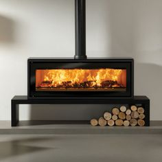 Riva Studio 3 Freestanding Wood Burning Stove From Fireplace Products Modern Fireplace, Fireplace Design, Black Fireplace, Muebles Shabby Chic, Wood Burning Fires, Modern Wood Burning Stoves, Log Fires, Stove Fireplace, Fireplace Hearth