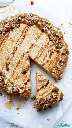 Salted Caramel Tahini Cheesecake - #raw #salted #caramel #tahini #cheesecake #vegan #glutenfree #dairyfree #soyfree #cleaneating #middleeastern #datesyrup #datenectar #dates #iraqi #healthy #cashew