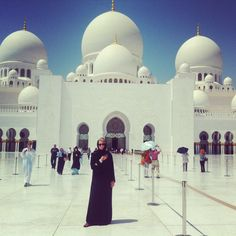 The Grand Mosque, Abu Dahbi. Dressed in a hijab and abaya, it wasn't a cool day...