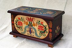 A generation Transylvanian-Hungarian furniture maker, Levente creates vivid hand-painted Decoupage, Vintage Blanket, Blanket Chest, Painted Boxes, Hand Painted Furniture, Tole Painting, My Heritage, Wood Carving, Shabby Chic