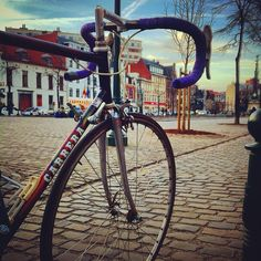 Carrera vintage bike in Bruxelles. Italian style also in Belgium. Nice shot