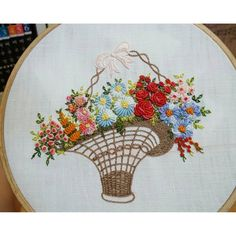 #embroidery #embroider #handembroidery #brodado #broderie#needlework #gachi
