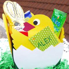 Osternest Küken Cake Pops, Weaving, Easter Activities, Products, Cakepops, Cake Pop, Stick Candy